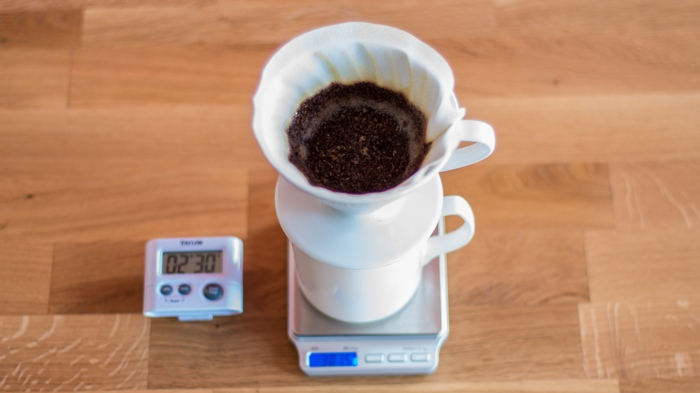Kims Coffee - V60 Step 8